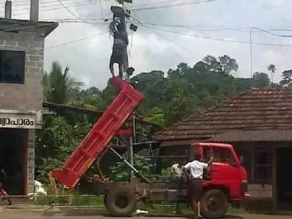 開掛的民族!在印度最NB的不是程序員,而是印度的電工!